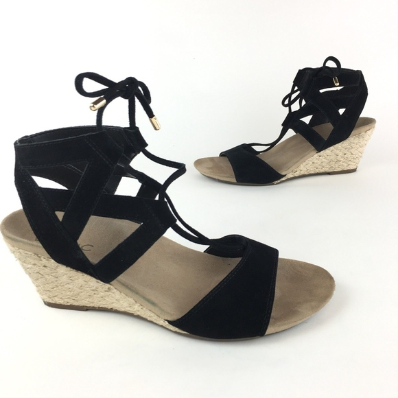 67e48430ddf Vionic Tansy Black Wedge Sandals Size 7